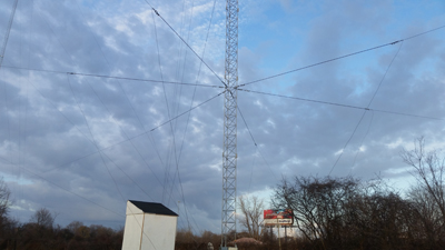 Elevated Counterpoise Systems for AM Antennas